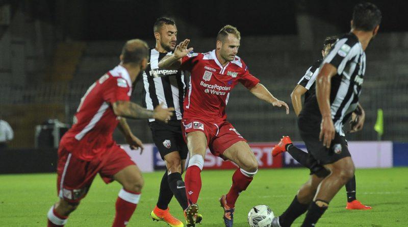 Il Vicenza cade ad Ascoli: 2-0