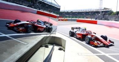 Punti e partenza dalla prima fila in Gara 2 per De Vries