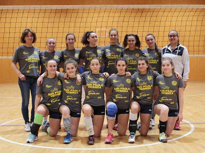 la squadra Under 18 del Volley San Paolo Vicenza