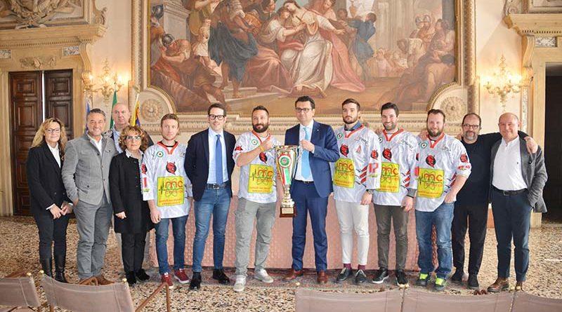sindaco Rucco e assessore Celebron ricevono i Diavoli Vicenza, vincitori della Coppa Italia 2018/2019