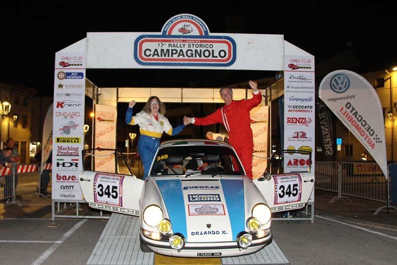 Mauro Argenti e Roberta Amorosa con la Porsche 911T