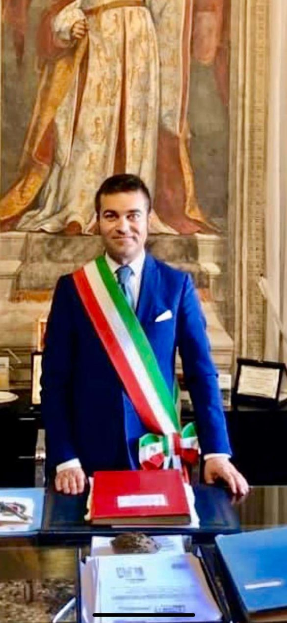 Il sindaco Mattia Veronese