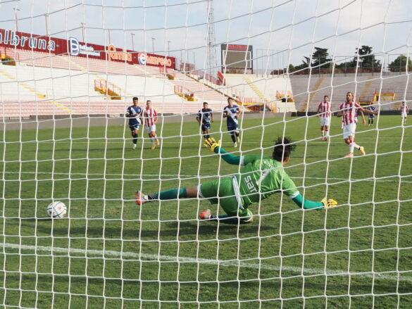 Il rigore di Meggiorini - LR Vicenza - FC Legnago @sportvicentino