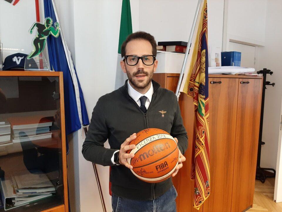 Matteo Celebron basket