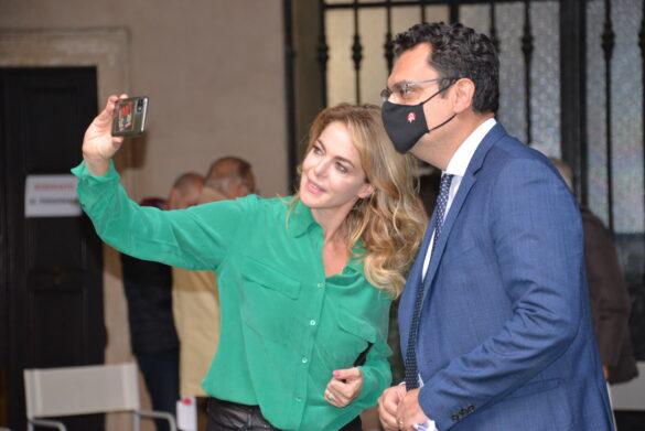 Claudia Gerini e il sindaco Rucco