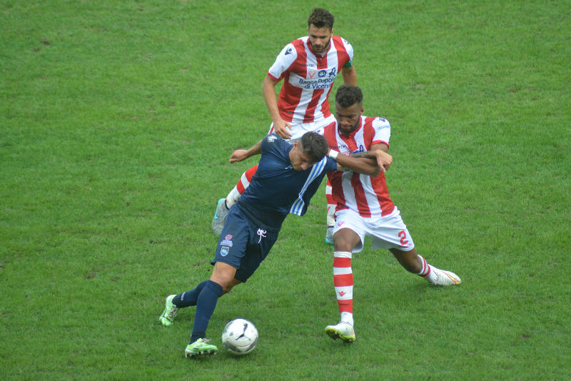 serie b vicenza pescara pagelle